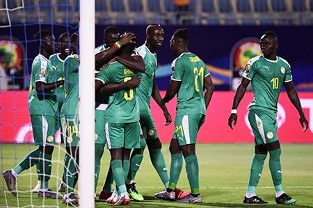 منتخب السنغال ينهي مغامرات نظيره