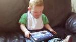 طفل يلعب - Angry Birds