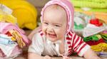ضحكة قوية لطفل صغير !!!
