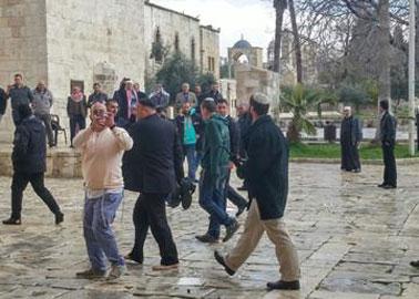 متلفز :لافتات تهويدية تستهدف وجه مدينة القدس العربي