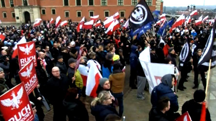 مظاهرات ضد المهاجرين تجتاح أوروبا وميركل تطالب بحماية اتفاقية شنجن